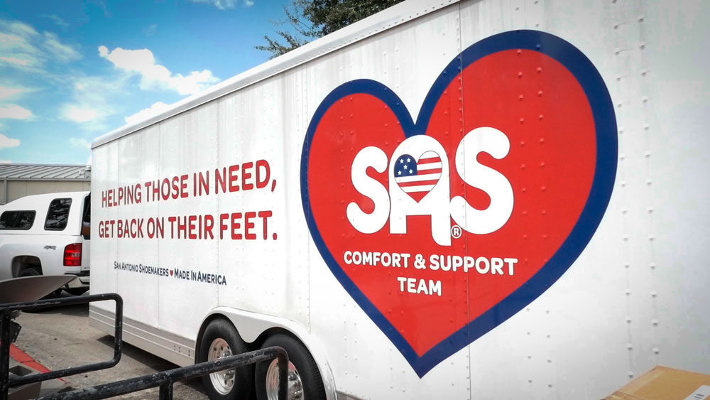 SAS Comfort and Support Team Helps Hurricane Harvey Victims